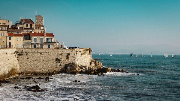 Sprakresa Till Frankrike Las Mer Har Internationella Skolorna
